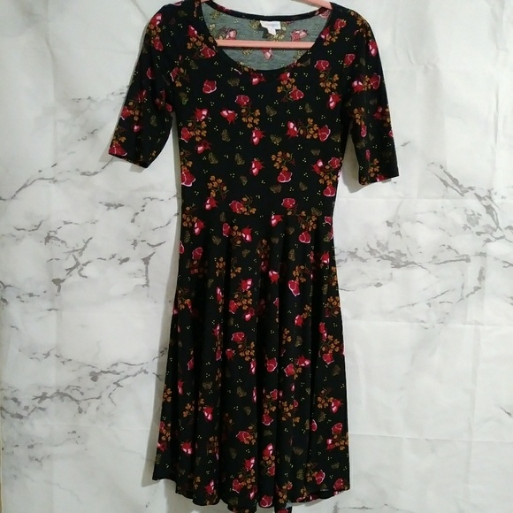 """LuLaRoe Dresses & Skirts - LulaRoe Floral Print """"Nicole"""" Dress"""